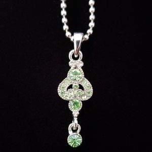 Green Chrystal Pendant Silver Tone Necklace Bling